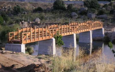 2197 – Puentes de 50,00 y 40,00 x 2,00 m en el Embalse Fuentes Claras