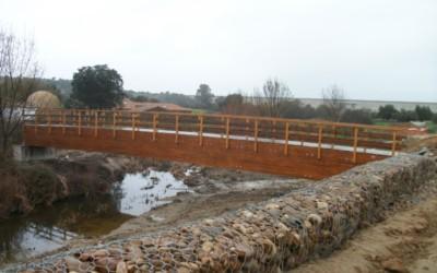 3562 – Puente de 26,00 x 2,00 m en Alcollarín