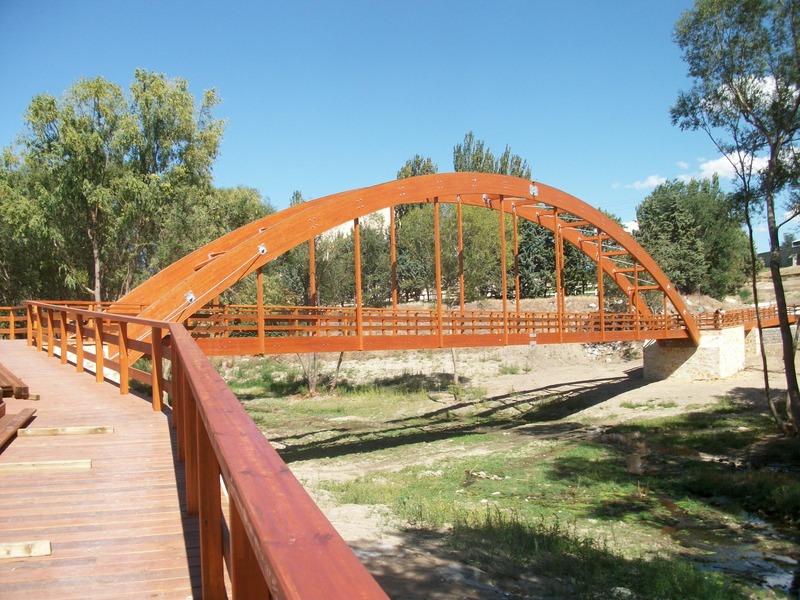 Pasarela sobre el río Adaja en Ávila