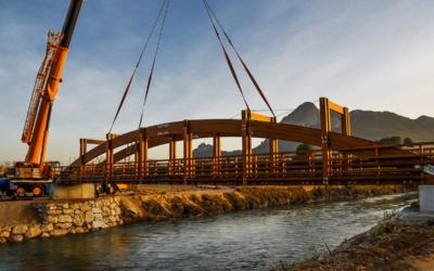 Puente 32 m x 2,50 m y 14 m x 4 m sobre el río Segura en Cieza, Murcia (5223)