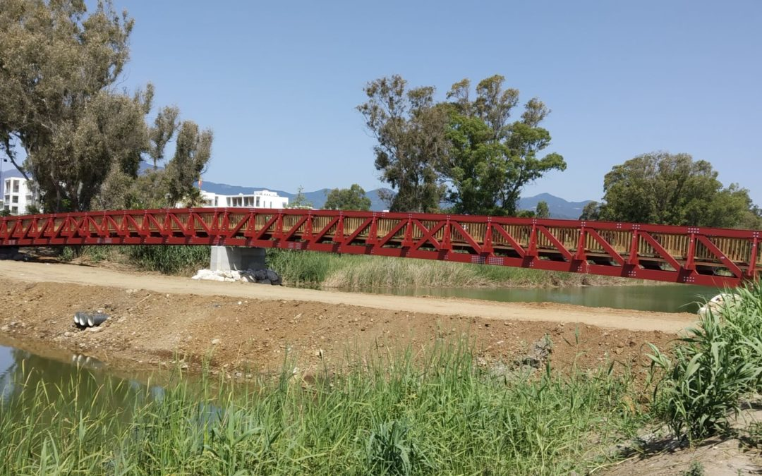 Puente sobre el río Guadalmansa, el puente de mayor longitud del Corredor Litoral de Estepona