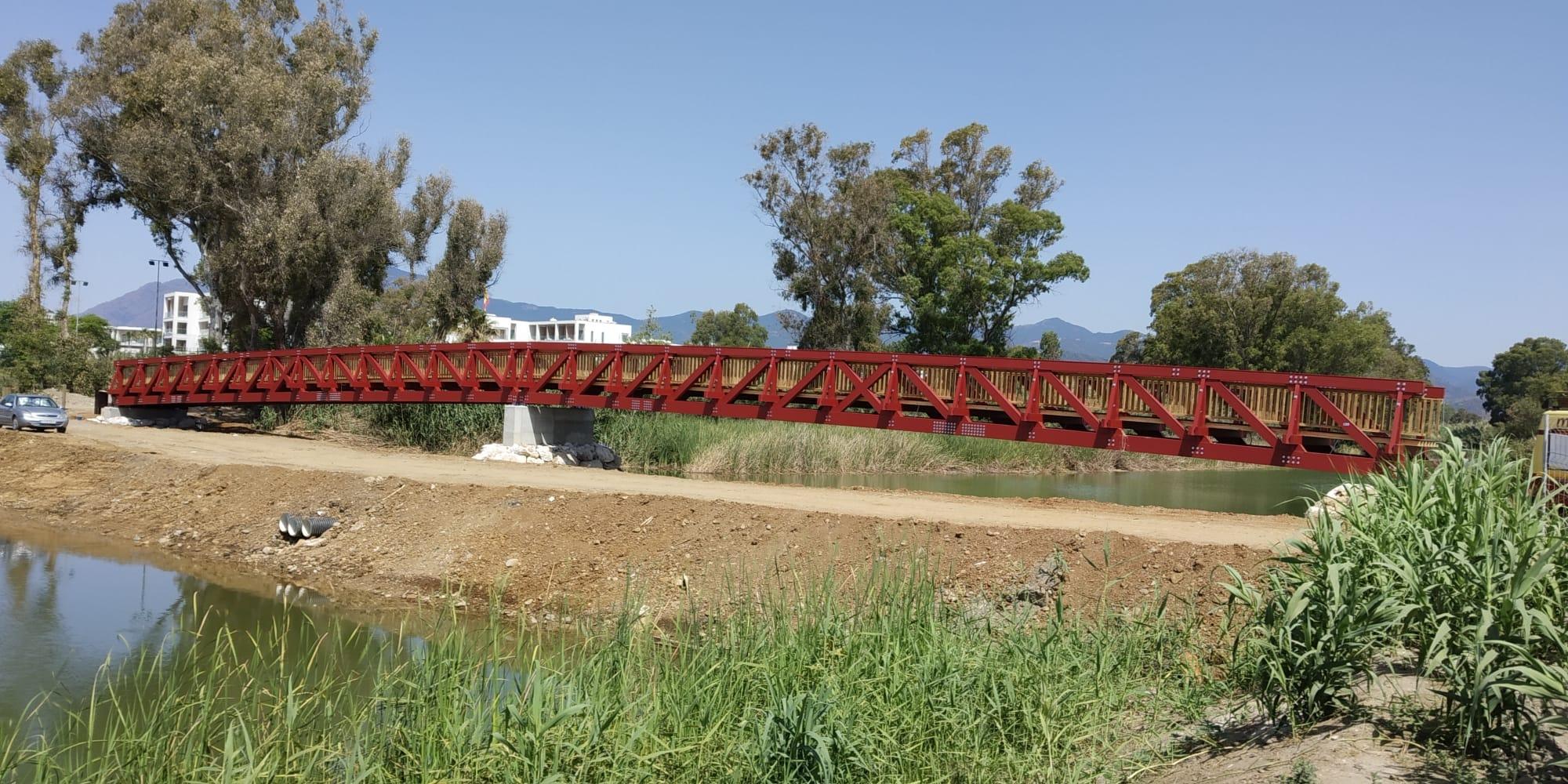 Puente 64 m sobre el río Guadalmansa, Estepona
